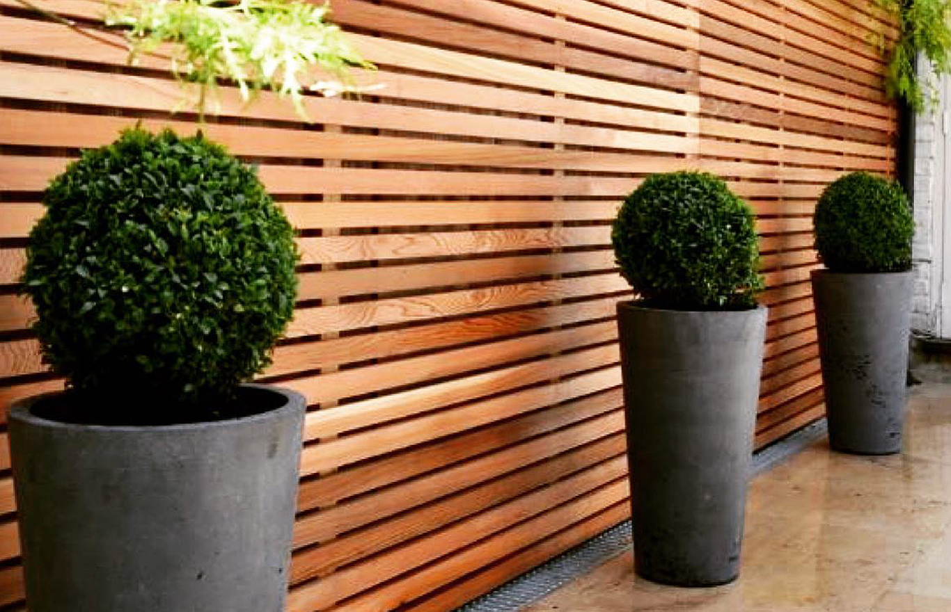 Garden fencing by Outside Space Landscaping & Design